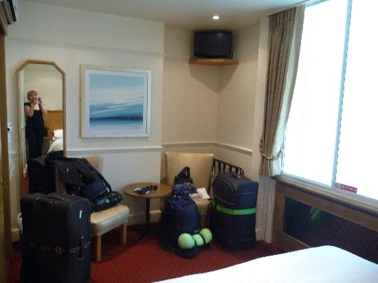 Morgan Hotel: View of room