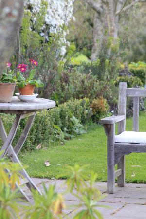 Edenhouse: The beautiful garden