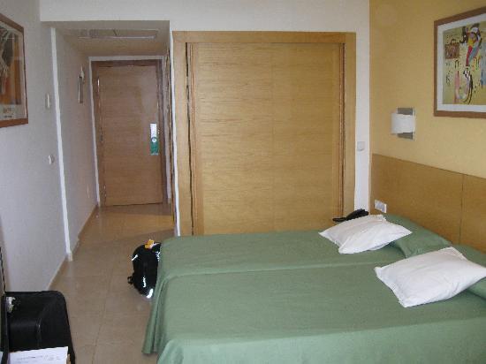 Fiesta Hotel Milord : chambre 1411