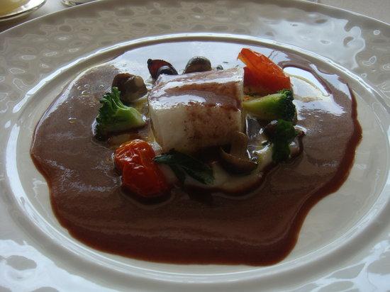 Le Normandie Restaurant at Mandarin Oriental, Bangkok: Yellow-tailed fish,the best