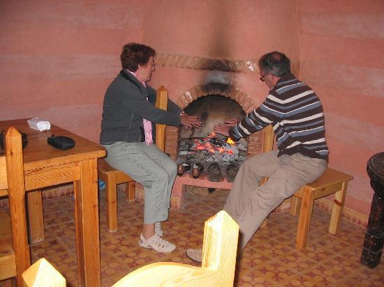 Riad Taroudant : feu de cheminée