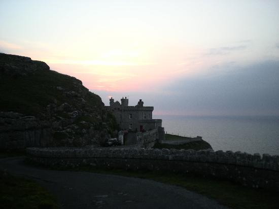 The Lighthouse : Il faro al tramonto