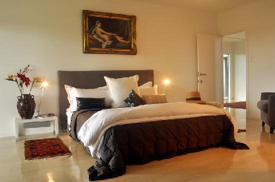 Tiki Tiki Ora: Bedroom - Euro