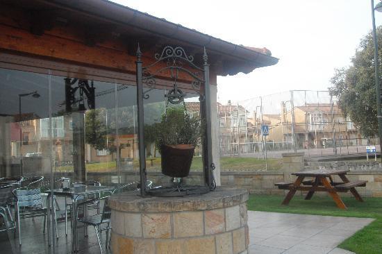 Hotel La Vijanera: Jardin