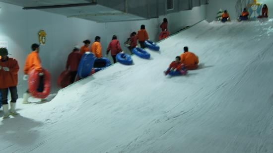 Snow world - Picture of Lac Canh Dai Nam Van Hien, Ho Chi