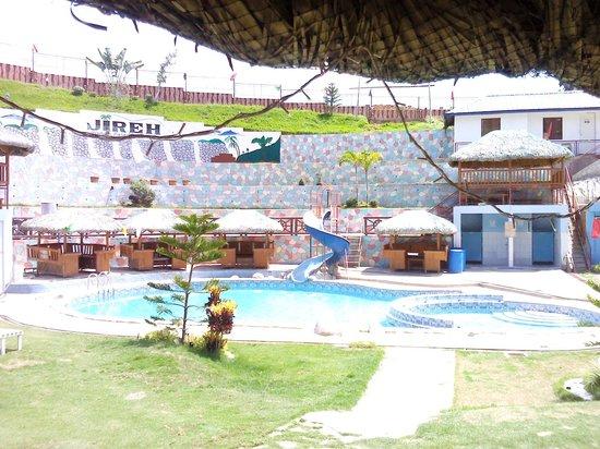 Jireh Hidden Paradise Resort: Jireh Adult Pool, Slide and Children's Pool