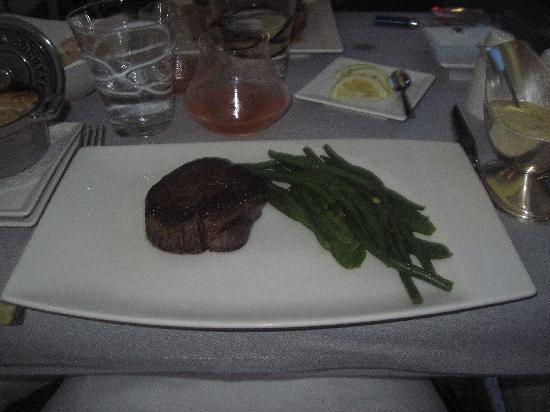 Le Bistro Gourmand: Filet of Beef