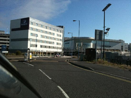 Premier Inn Southampton West Quay Hotel: Hotel Next to the West Quay Shopping Mall