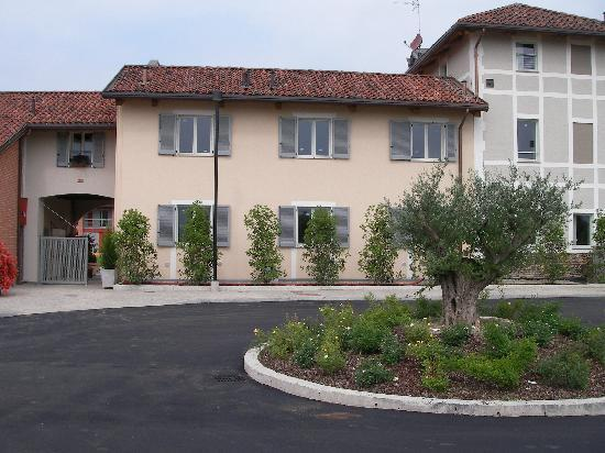 Dapple Gray Bed And Breakfast