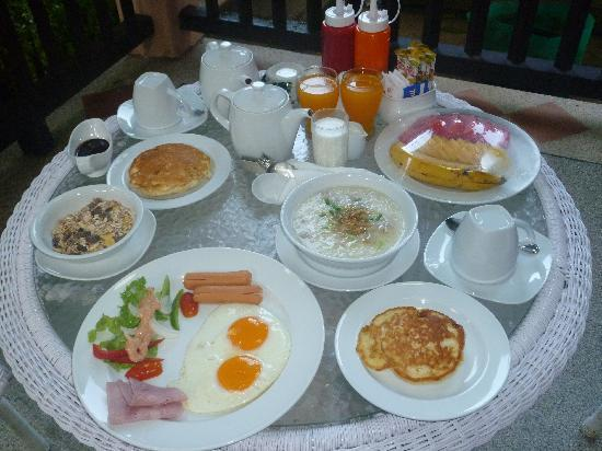 Cha Wan Resort: breakfast!