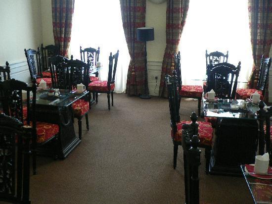 York Place B&B: dining room