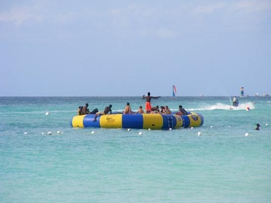 Hotel Riu Palace Tropical Bay Beach Trampoline