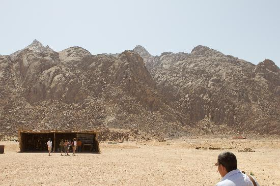 Titanic Resort & Aqua Park: Desert Safari - Hair Raising ride to the mountains!