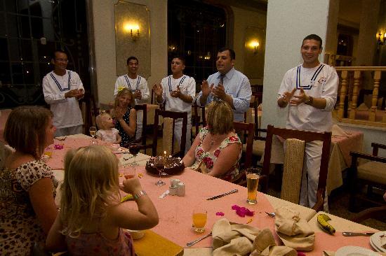 Titanic Resort & Aqua Park: Birthday cake and song from the restaurant staff