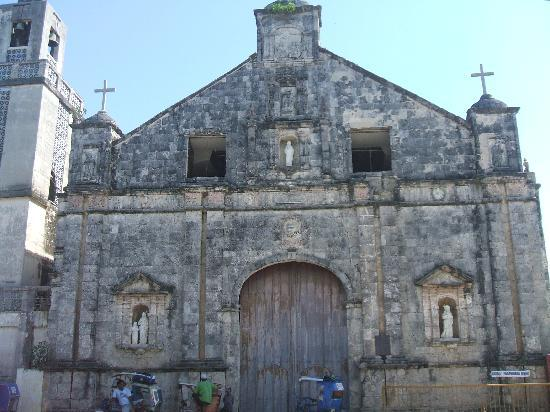 Bantayan Island, Filipinas: Centuries Old Churches