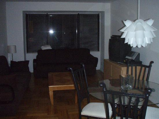 Oxbridge Midtown East Apartments: Lounge Area