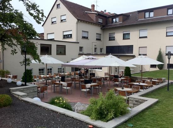 Hotel Vorfelder: Garten Terasse