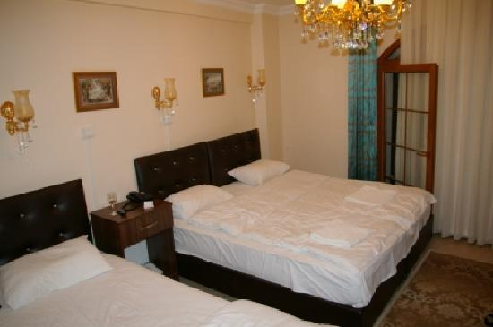 Magnificent Hotel: Drei-Bett-Zimmer