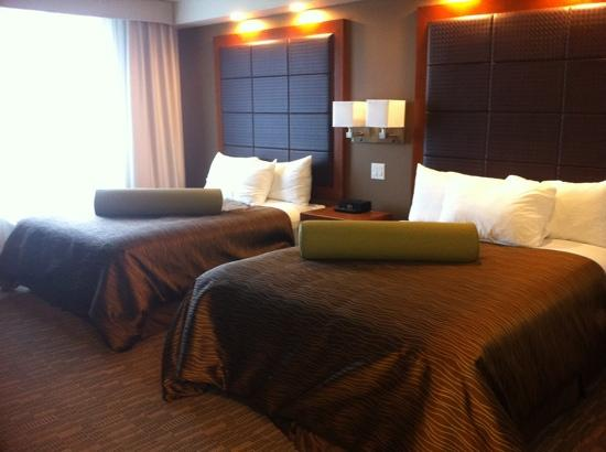HomeSuites by d3h: Nice headboards