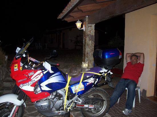 La Quercia della Gallura : Antonio, moto e Garibaldi