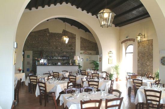 Torregrotta, Италия: sala in cui ho mangiato