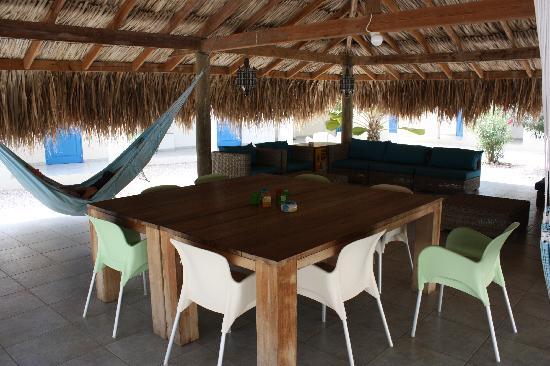 The Lizard Inn: Gezamenlijke relax- en eetruimte