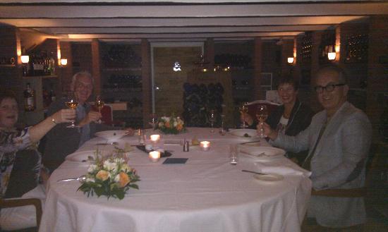 Hotel & Spa Savarin: Heerlijk dineren in de wijnkelder een bijzondere ervaring