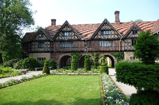 Schloss Cecilienhof: Cecillenhof - a family palace