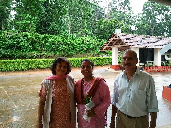 Polaycad Bungalow: Me with Mrs & Mr Cariappa