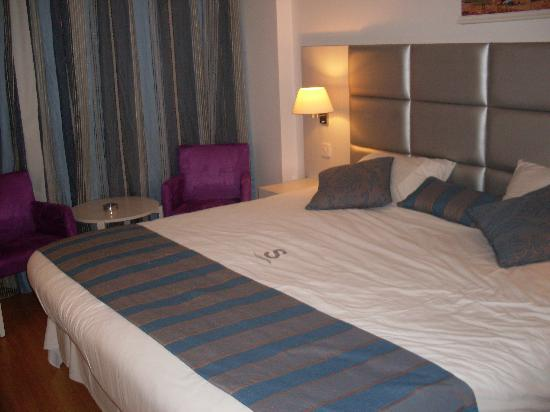 Silver Sands Beach Hotel: The Best Bed!