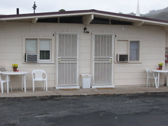 Photo of Midway Motel Caliente