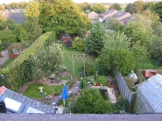 Seahouses, UK: Garden from Room 3 (room in roof space with shower)