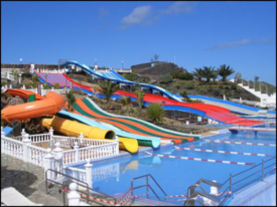 Aquapark Costa Teguise: Half of the aqua park