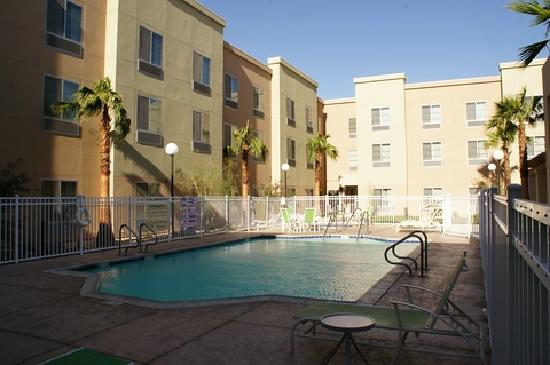 Homewood Suites by Hilton Palm Desert: Pool