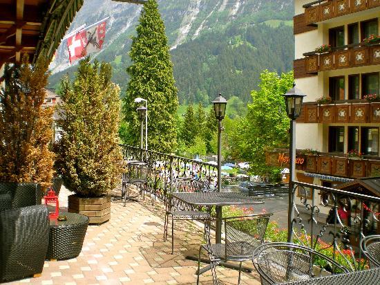 Hotel Hirschen: Hotel balcony