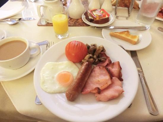 Straven Guest House: Full English Breakfast