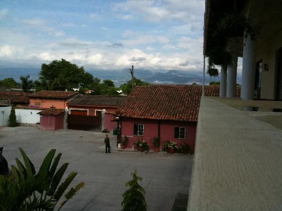 Hotel Antigua Comayagua: Parking lot