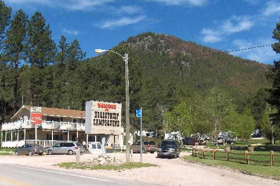 Horse Thief Campground and RV Resort: Campground Entrance