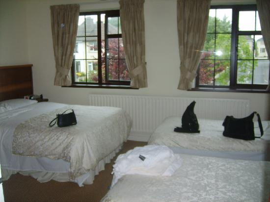 Saint Kieran's Bed & Breakfast: 3-4 person bedroom