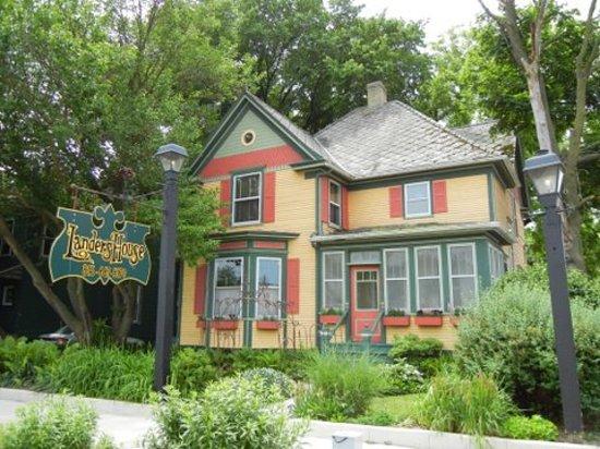 Photo of Landers House Utica