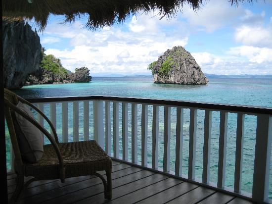 El Nido Resorts Apulit Island: The balcony of our bungalow