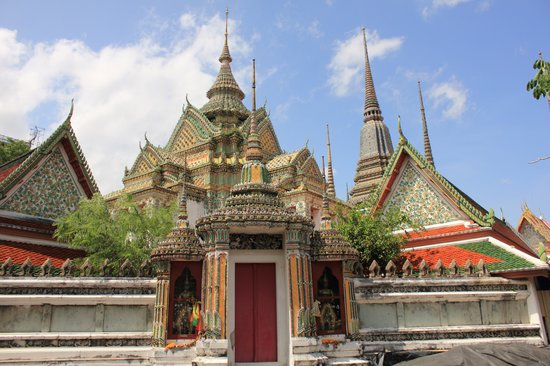 Wat Pho (Templo de Buda reclinado) - Picture of Temple of ...
