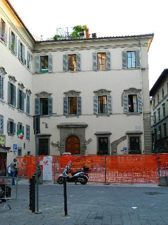 Hotel Aldobrandini: Fachada