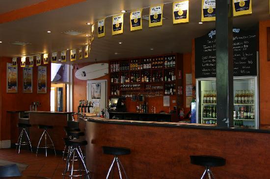 Sportsman's Hall Hotel: Main Bar