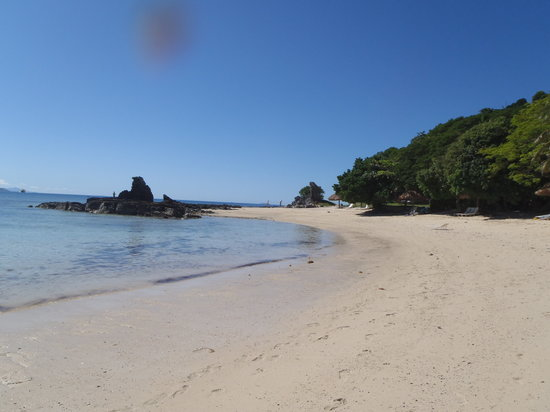 Castaway Island (Qalito), Fiji: Beach at low tide