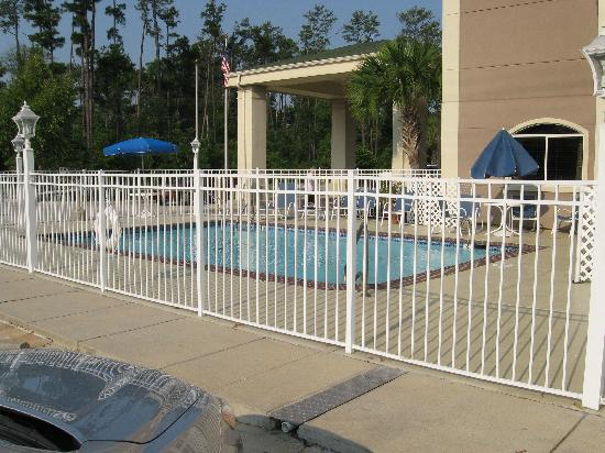 Best Western Plus Slidell Inn : Pool