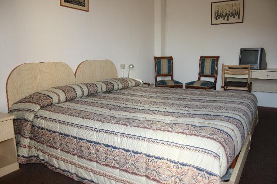 Hotel Bodoni : Camera matrimoniale