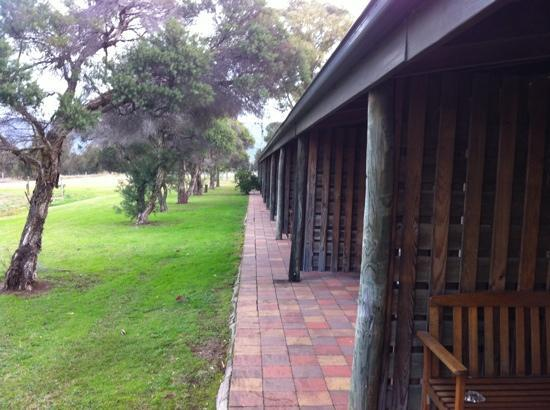 Hunter Valley Resort: outdoor view and space
