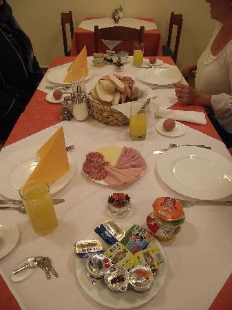 Skofja Loka, Slovénie : Loved the breakie