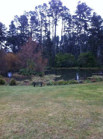 Parklands Country Gardens and Lodges: Lake
